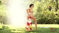 Ebony babe gets real nasty and fucks herself with a garden gnome