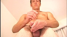 Solo guy with hot body strokes his long shaft and fingers a tight butt