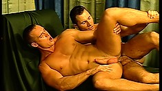 Hot gay ass banging action with this pair of hunky boys in the palace