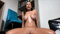 Big Ass Ebony Shaking and Squirting for Dick